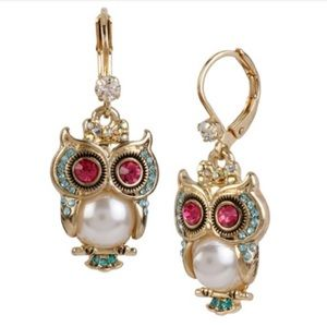 Betsey Johnson Pearl Owl Earrings